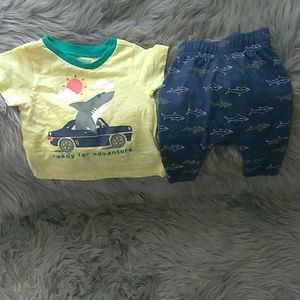Baby old Navy top and bottom